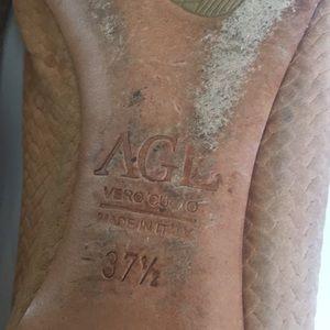 Attilio Giusti Leombruni Shoes - AGL tan woven leather Toe flats
